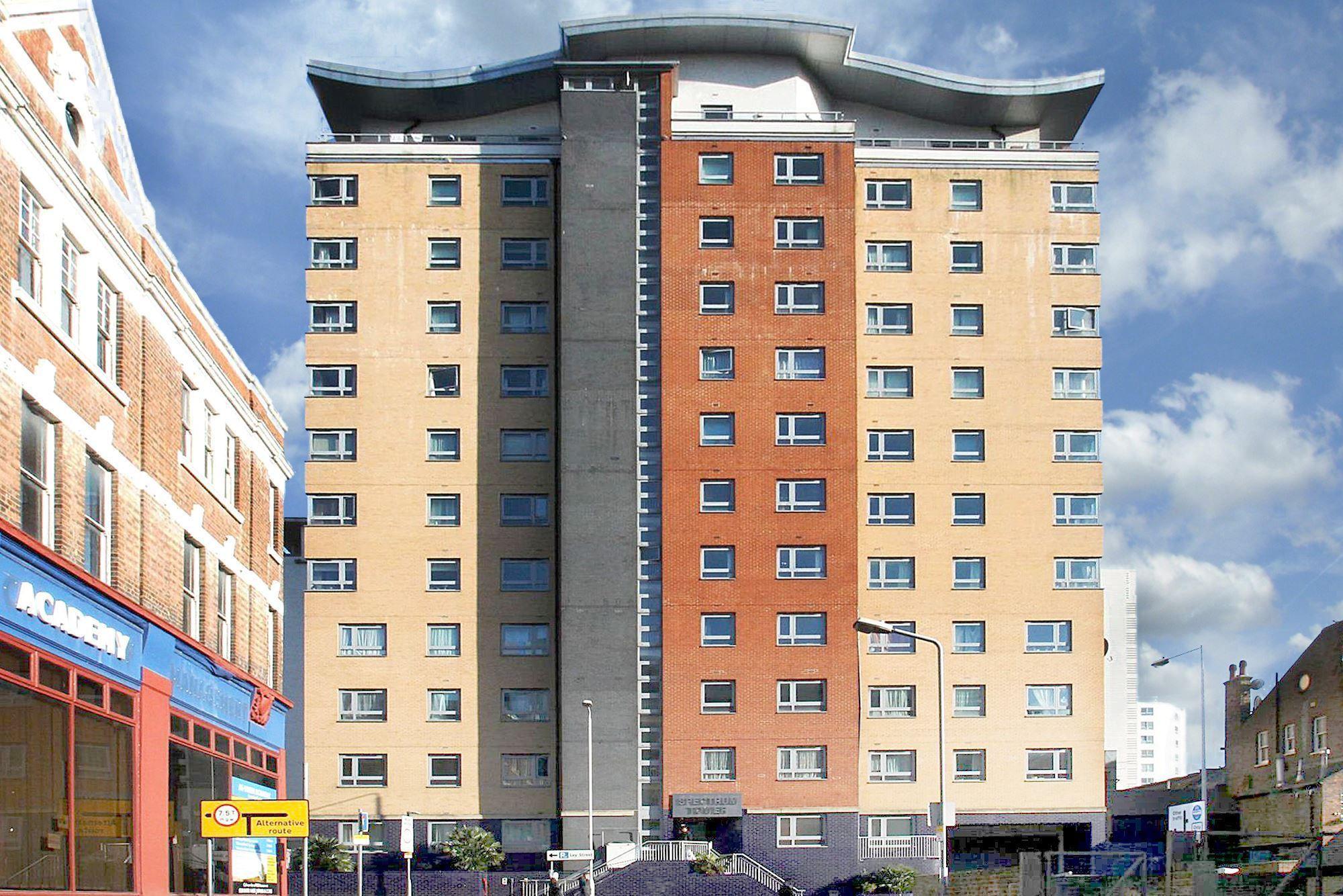 Ilford IG1, 2 Bedroom 2 Bathroom apartment – £290pw